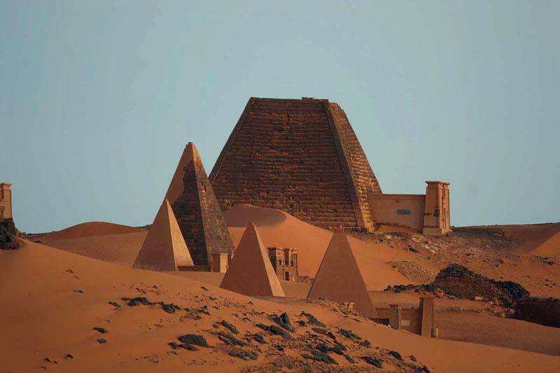 Ancient Iconic Archite...